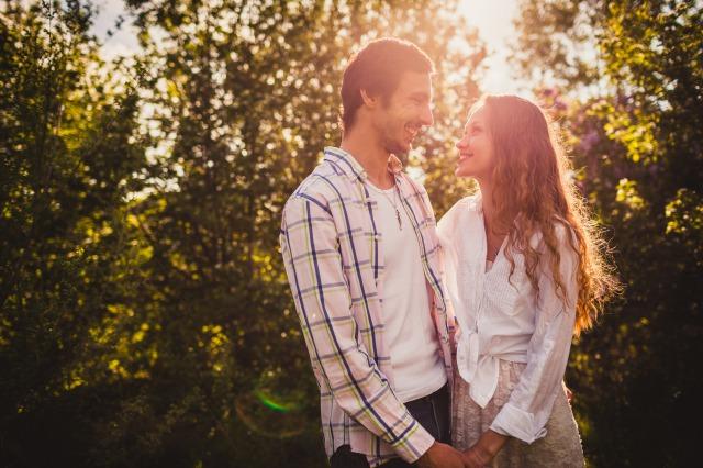 幸せそうなカップル