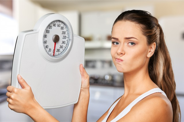 ダイエットがうまくいかない女性